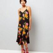 С чем носить платье-комбинацию – модные тенденции от ведущих мировых брендов