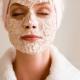 Маски из овсяной муки: 2 рецепта для кожи лица