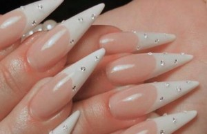 Наращивание ногтей гелем на дому