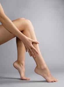 видно вены на ногах