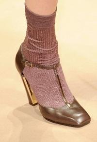 Как носить носки