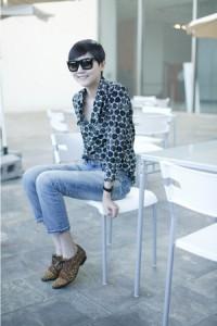 голубые джинсы фото