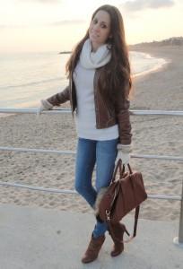 коричневая кожаная куртка фото