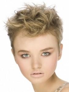 прически для корортких волос