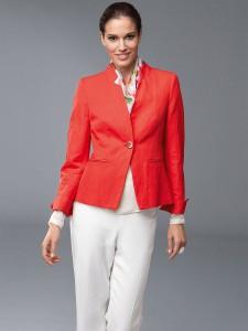 коралловый пиджак