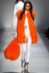 Оранжевый и белый