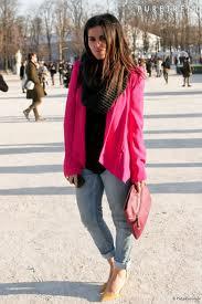 с чем сочетать розовый пиджак