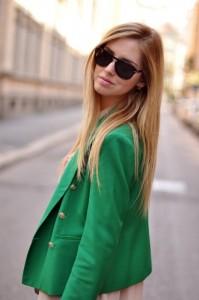 С чем носить зеленый пиджак