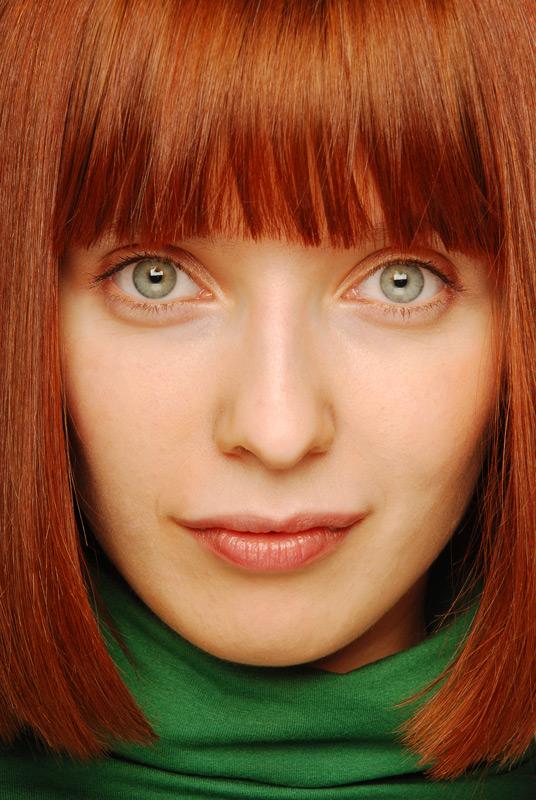Оттенки рыжего цвета волос для зеленых