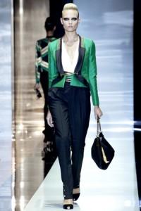 пиджак зеленый, с чем носить