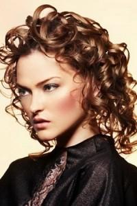 средние локоны на средние волосы