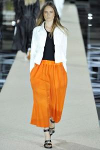 Сочетание оранжевого цвета в одежде