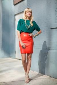 короткая красная юбка