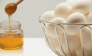 Маска из яйца и меда для волос