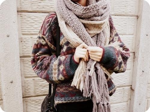 с чем носить теплый шарф