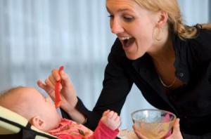 Как начинать прикорм ребенка