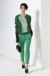 зеленый брюки, с чем носить