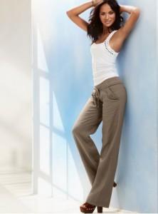 с чем носить бежевые брюки1