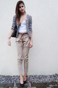 бежевые брюки с чем носить фото