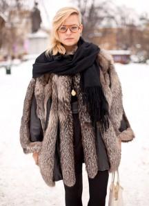 Как носить шарф с шубой фото