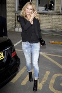пиджак с джинсами фото