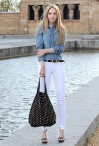 рубашка с джинсами