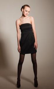 Колготки лучше одеть черное платье