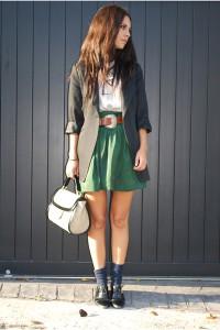 С чем носить юбку зеленого цвета