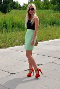 С чем носить блузки зеленого цвета новые фото