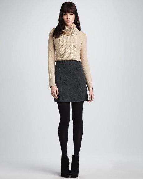 Шерстяная юбка короткая