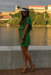 С чем носить зеленое платье