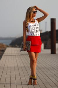юбка красного цвета фото