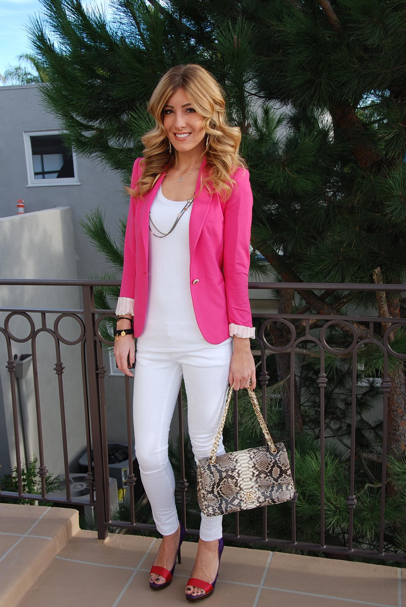 С чем носить розовый пиджак?