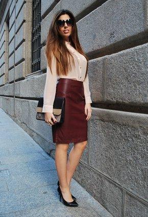Какие цвета сочетаются с бордовой юбкой
