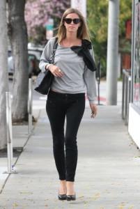 черные джинсы фото