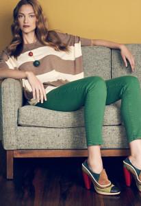 джинсы зеленого цвета фото