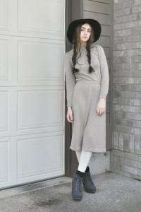 платье серого цвета фото