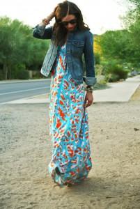 джинсовая куртка с платьем
