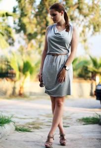 С чем носить серое платье фото