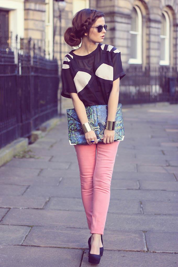 прическа под джинсы и футболку