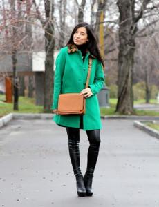 с чем носить пальто зеленого цвета
