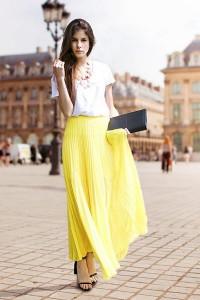 Что одеть с длинной желтой юбкой
