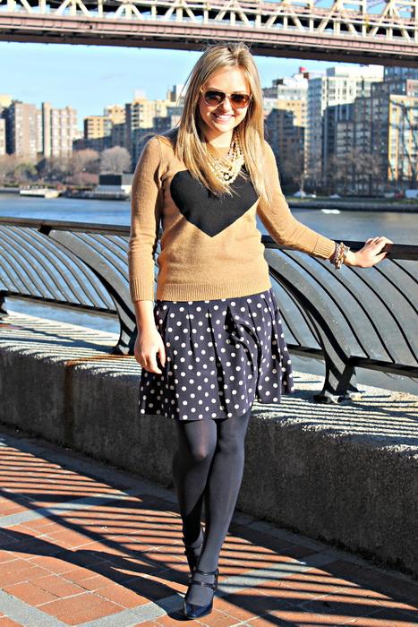 45041a53dca С чем носить юбку в горошек  обзор + фото