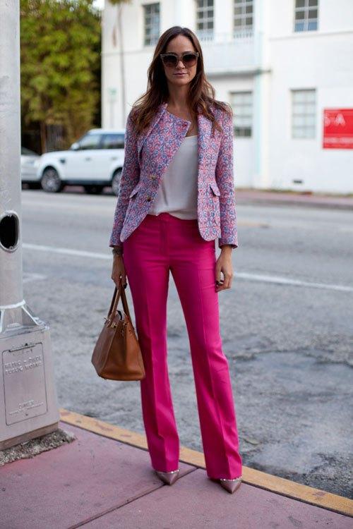 Модный лук с брюками
