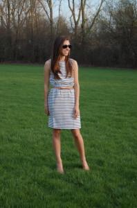 с чем носить платье в полоску фото