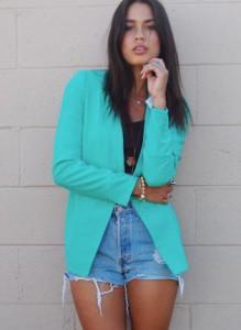 с чем носить пиджак бирюзового цвета