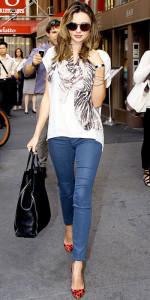 С чем носить укороченные джинсы фото