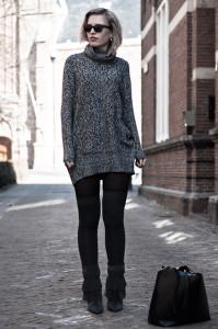 с чем носить свитер платье