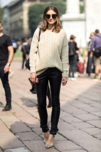 с чем носить длинный свитер фото