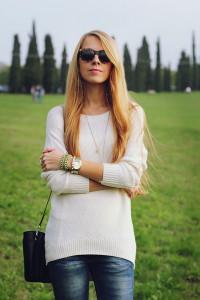 С чем носить белый свитер